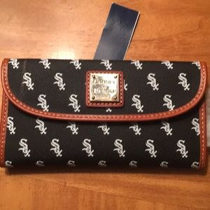 Women's Chicago White Sox Dooney & Bourke  Clutch